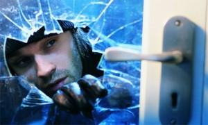 burglar finds kiddie porn and calls cops