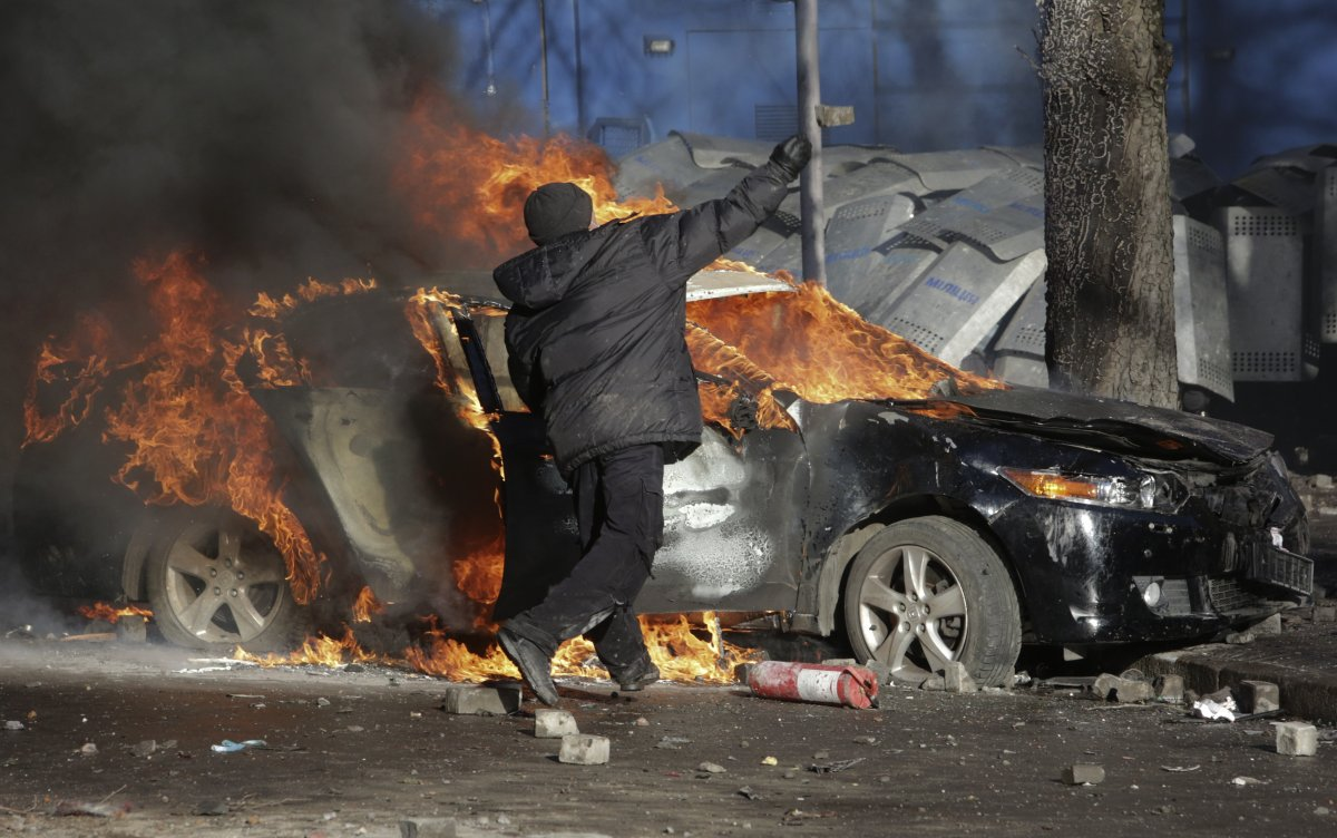 molotov-cocktails-ukraine-protests