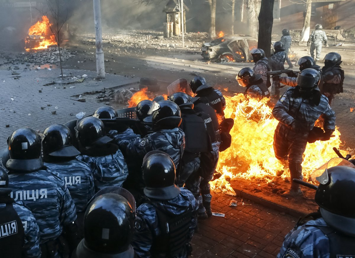 ukraine-protests-deterred-flames