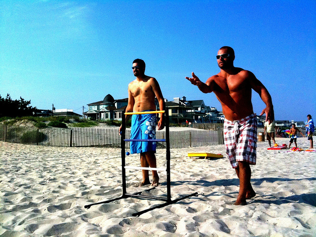 beach-ladderball-things-you-need-this-summer