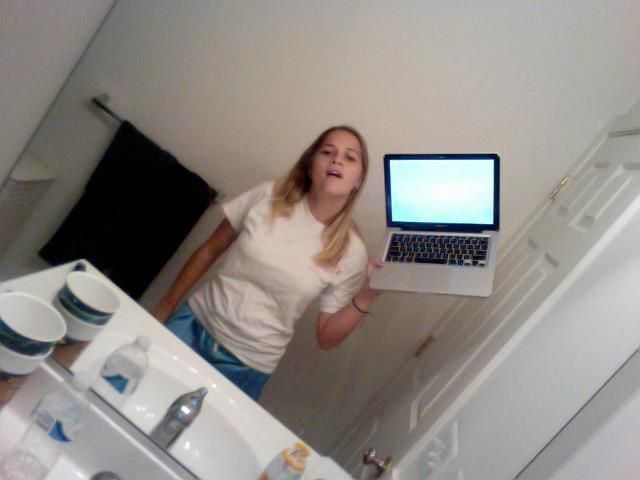 laptop-selfie-1