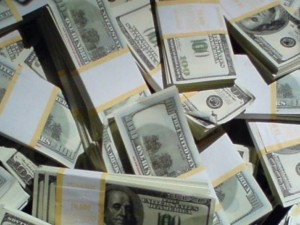 fresno-man-finds-bag-of-cash