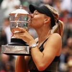 maria-sharapova-wins-second-french-open2