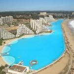 Worlds-Biggest-Swimming-Pool10