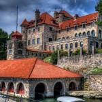10-most-majestic-castles-in-america3