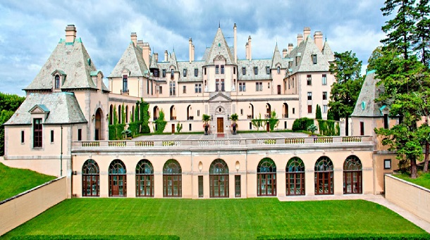 10-most-majestic-castles-in-america5