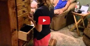 guy builds jewelry chest to propose to his girlfriend