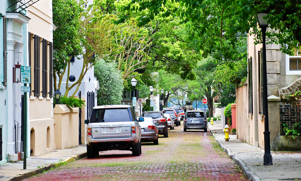 Top 5 Neighborhoods of Charleston Getting National Attention